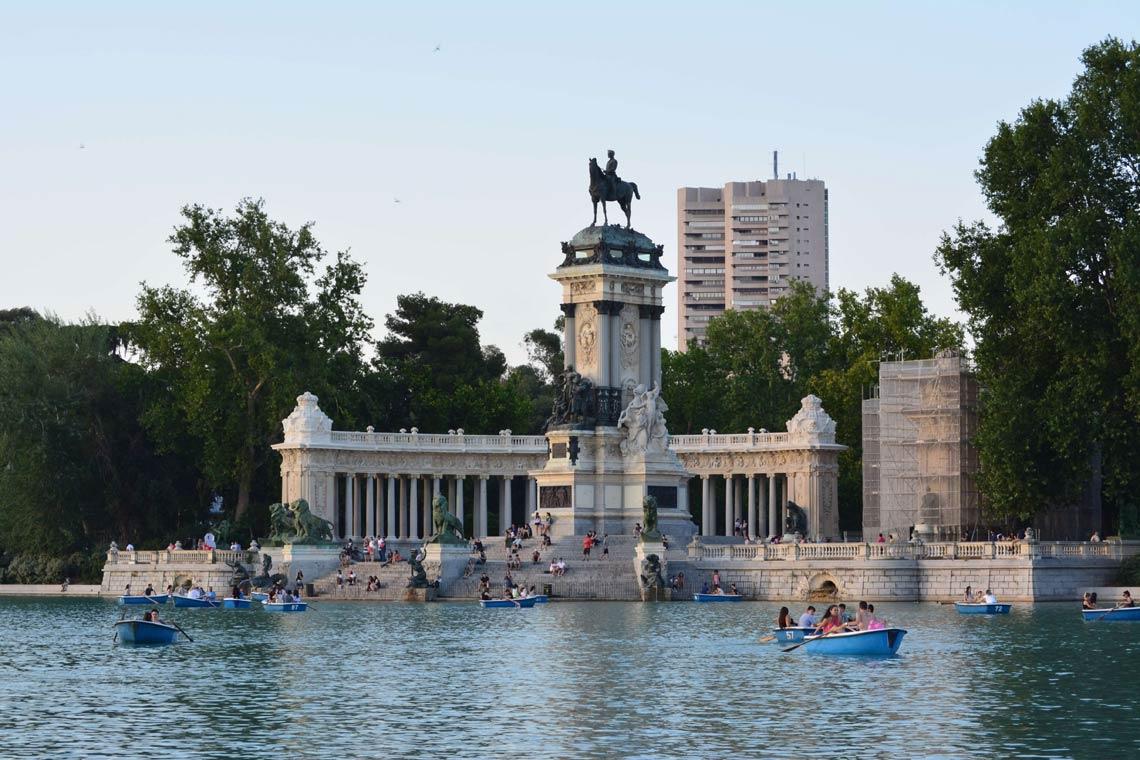 ¡Llévate un recuerdo de Madrid con mucho Spanish Design!